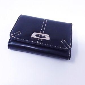 GUESS Black/White Trifold Wallet